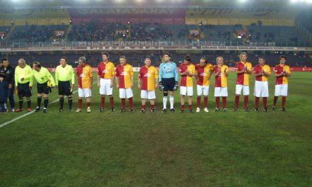 Umut Oran Efsanelerle Ali Sami Yen'deydi