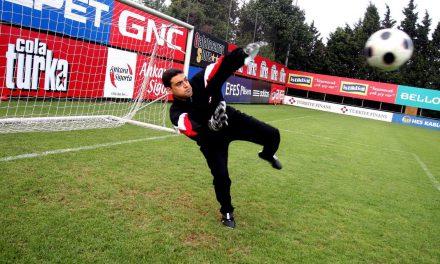 Umut Oran Efsanelerle Ali Sami Yen'de