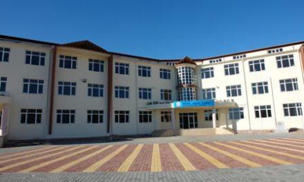 """Umut Oran : """"AKP okulları satıyor; yandaşlara rant yaratıyor"""""""