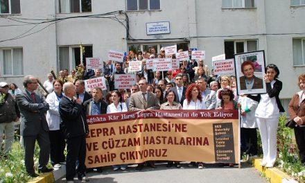 Türkan Saylan anısına Umut Oran'dan destek
