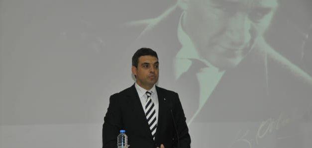 Umut Oran Sosyalist Enternasyonal Başkan Yardımcılığından istifa etti!