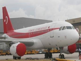 """Umut Oran'dan Başbakan ANA uçağı sorusu: """"Uçağın tefrişi için 1 milyon dolar mı harcadınız?"""""""