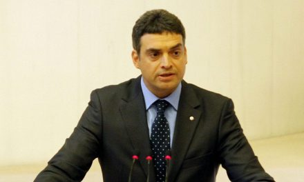 Ankara Gölbaşı Park Eymir TOKİ konutlarında yönetimin 3 yıldır oturanlara devredilmemesi  ile ilgili soru önergesi