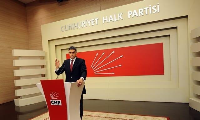 "UMUT ORAN: ""AKP'NİN VERGİ POLİTİKASI: VUR ABALIYA"""