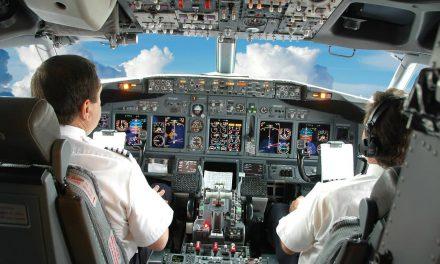 Pilotlar ile uçuş ekiplerinin Avrupa ile kıyaslandığında çok daha uzun süreler boyunca çalışmak zorunda kalması Meclis gündeminde