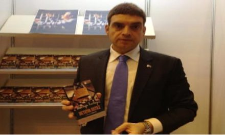 Mustafa Balbay ve Umut Oran Londra'da