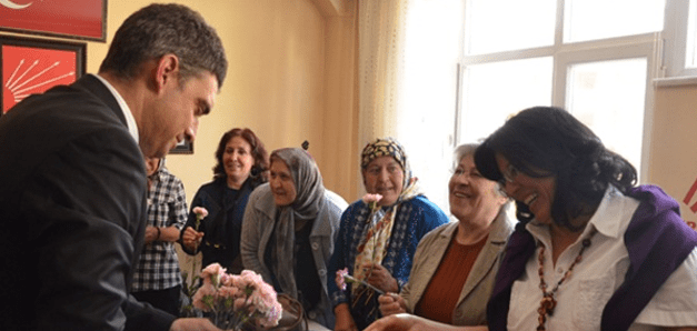 Umut Oran: AKP İktidarında Kadının Adı Yok