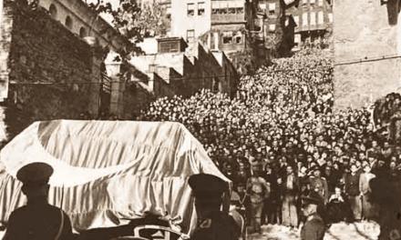 Büyük Önder Atatürk'ü saygı, minnet ve özlemle anıyorum