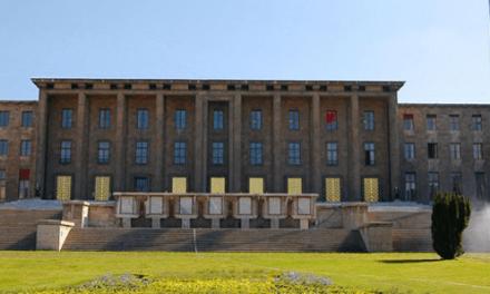 """CHP'den Cemil Çiçek'e """"yeşil bina"""" sorusu"""