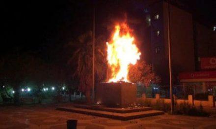Cizre'deki Atatürk anıtının tahrip edilmesi TBMM'de
