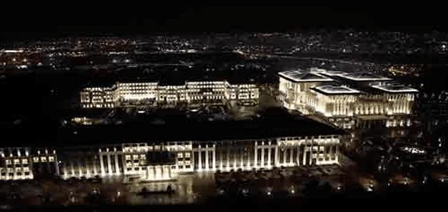 Enerji Bakanı Yıldız: Sarayın elektriği kaçak değil!