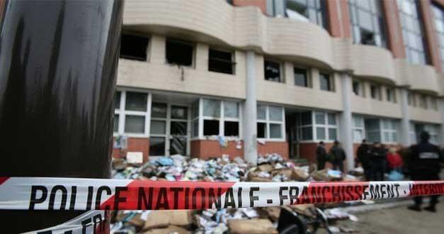 Charlie Hebdo saldırısı sonrasında Leman ve Penguen dergilerine yapılan tehditler TBMM'de