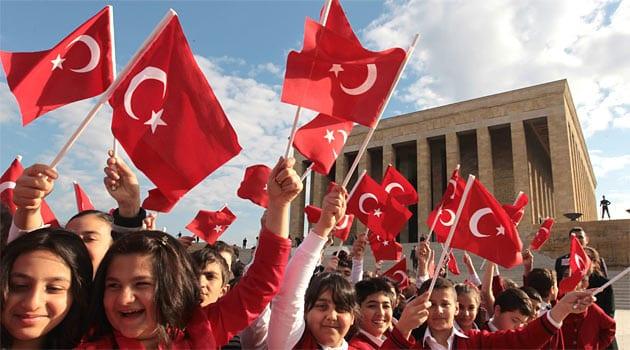 AKP ile 23 Nisan Çocuk Bayramının da Tadı Yok