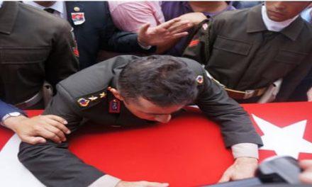 Kardeş acısı üniforma dinlemez, insanlıktan çıkanlar bir ağabeyin acısını göremez